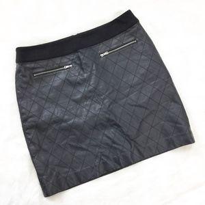 Ann Taylor Vegan Leather Mini Skirt sz. 8P